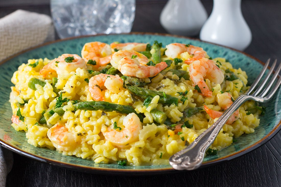 Shrimp and Asparagus Saffron Risotto - Erren's Kitchen - If you are looking for a simple dish, that both tastes and looks beautiful, this recipe for Shrimp and Asparagus Saffron Risotto will not disappoint!
