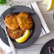 {Best Ever} Easy Crab Cakes