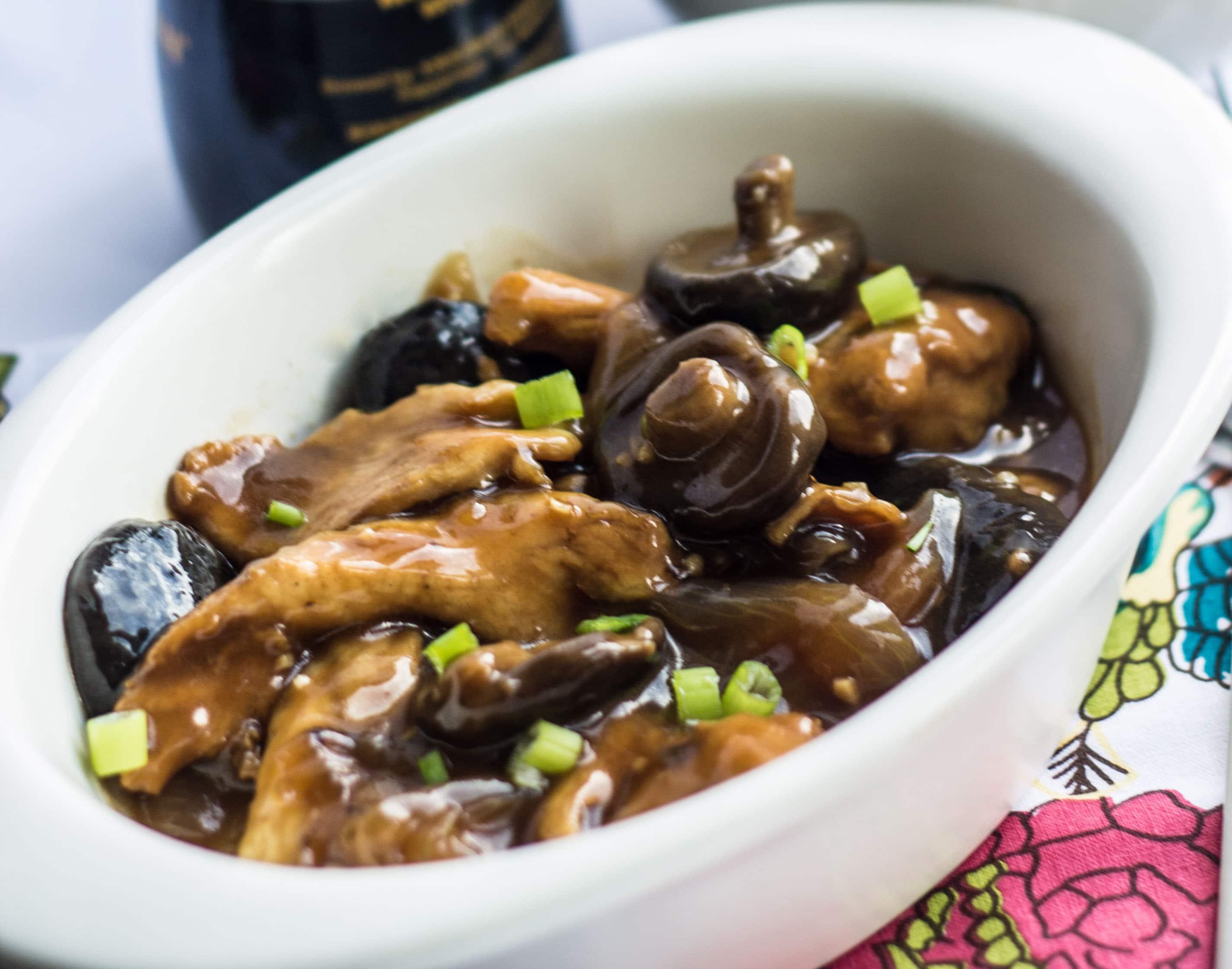 Chicken with Chinese Mushrooms - Erren's Kitchen