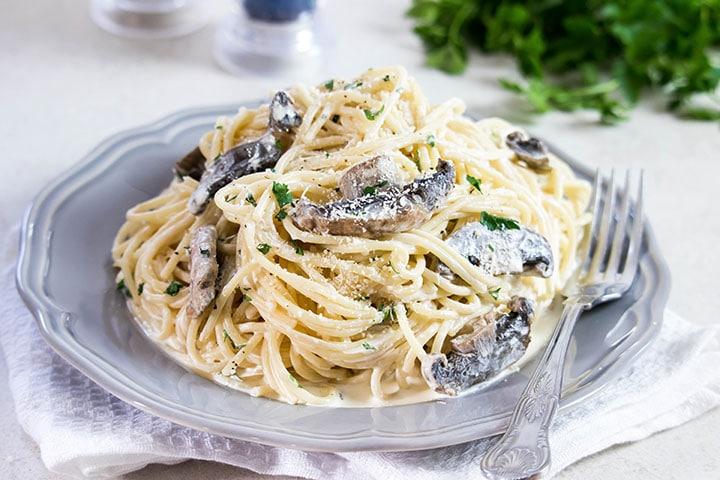 Creamy Mushroom Spaghetti Erren S Kitchen