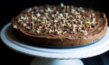 Rich & Creamy No Bake Chocolate Torte
