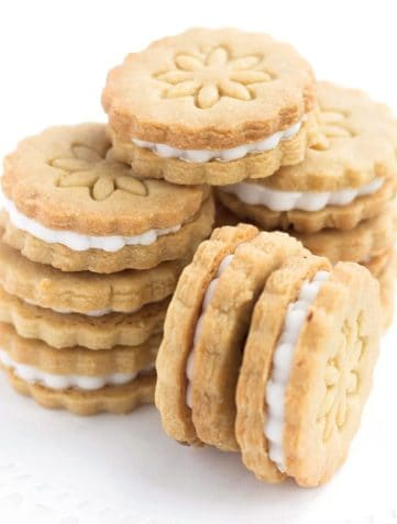 Homemade Golden Oreo Cookies