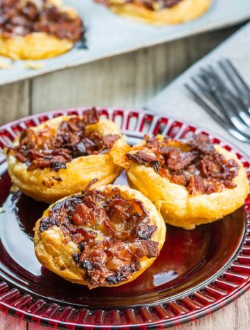 Cranberry Brie Tarts with Bacon & Red Onion