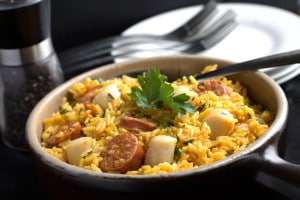 Easy Scallops & Chorizo Paella - Erren's Kitchen
