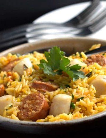 Easy One Pot Scallops & Chorizo Paella