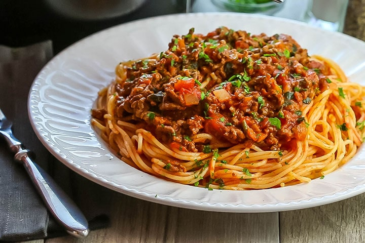 Quick and easy spaghetti Bolognese recipe