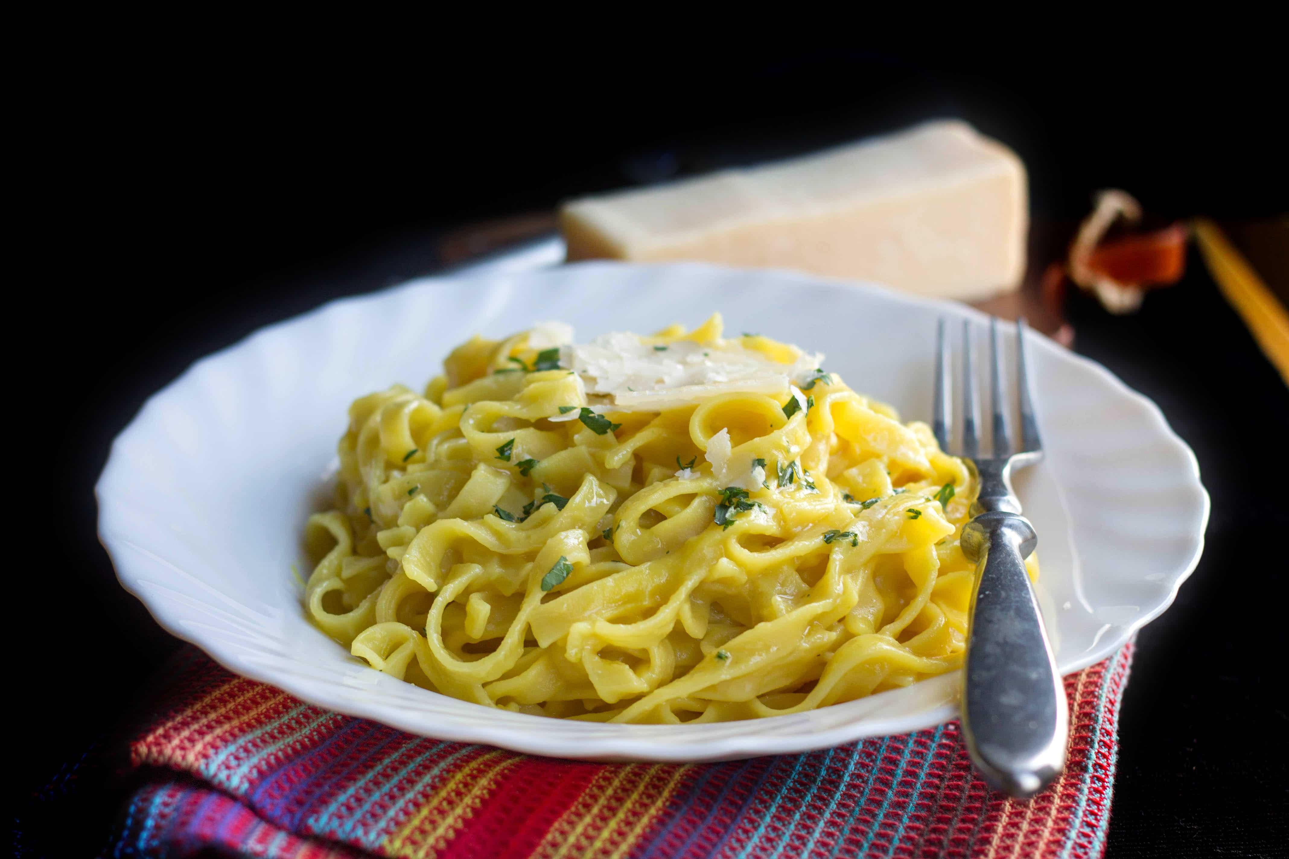 Creamy Saffron Pasta - Erren's Kitchen - Go beyond your average cream sauce with this luxurious Creamy Saffron Pasta.