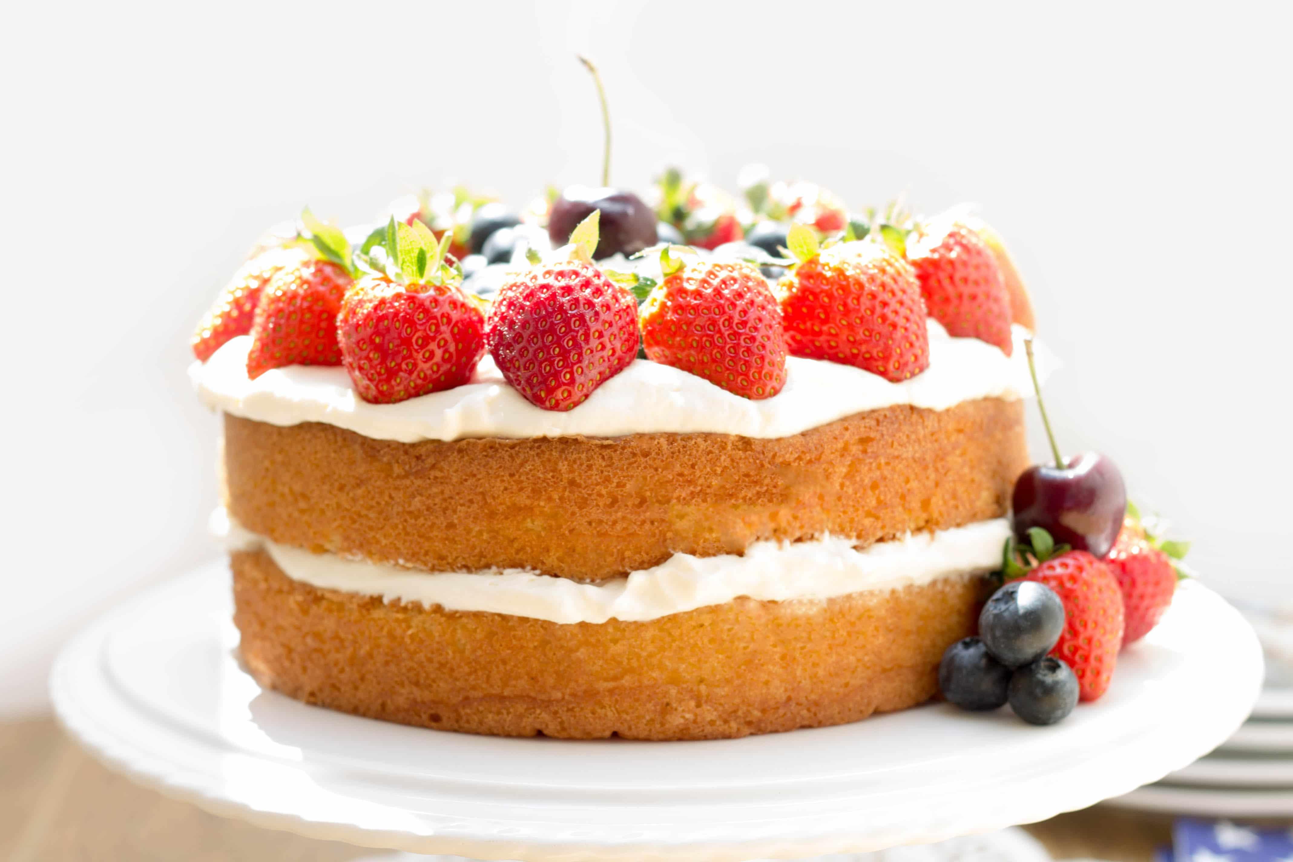 Homemade Cake Decoration Without Cream : Patriotic Vanilla Cream Sponge Cake - Red white and blue ...