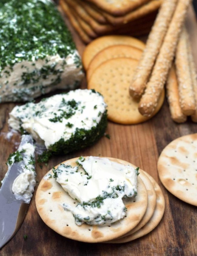 Garlic & Herb Cream Cheese Log - Erren's Kitchen - This easy recipe is savory mix of garlic, cream cheese and fresh parsley that's utterly delicious. It's fantastic on crackers, in sandwiches or spread on a bagel.