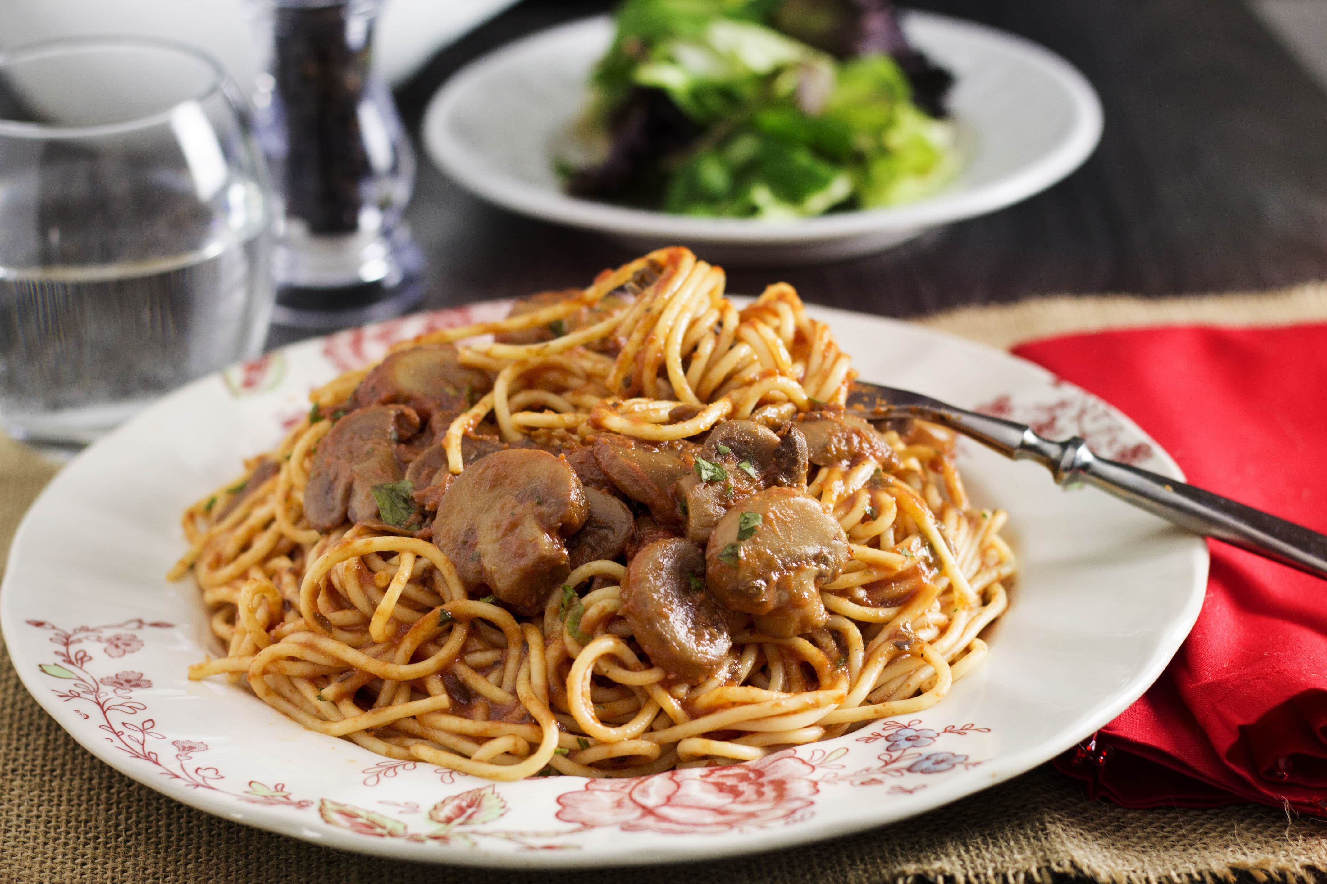 Spaghetti With Mushroom Tomato Sauce - Erren's Kitchen - This quick and easy recipe is a simple vegetarian pasta dish which will see you through many a weeknight meals.