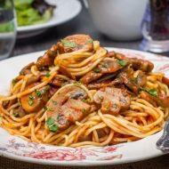 Spaghetti With Mushroom Tomato Pasta Sauce