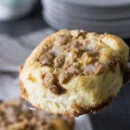 Cinnamon Crumb Buns