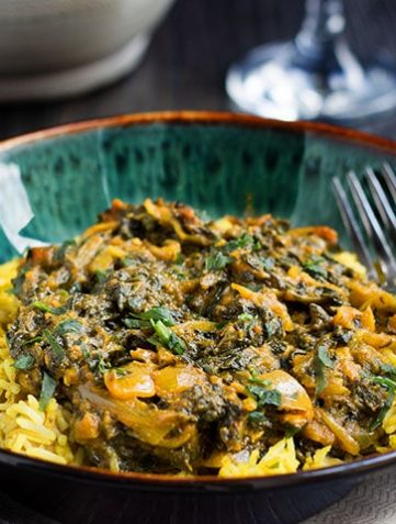 Quick and Easy Saag Bahji {Spinach Curry}