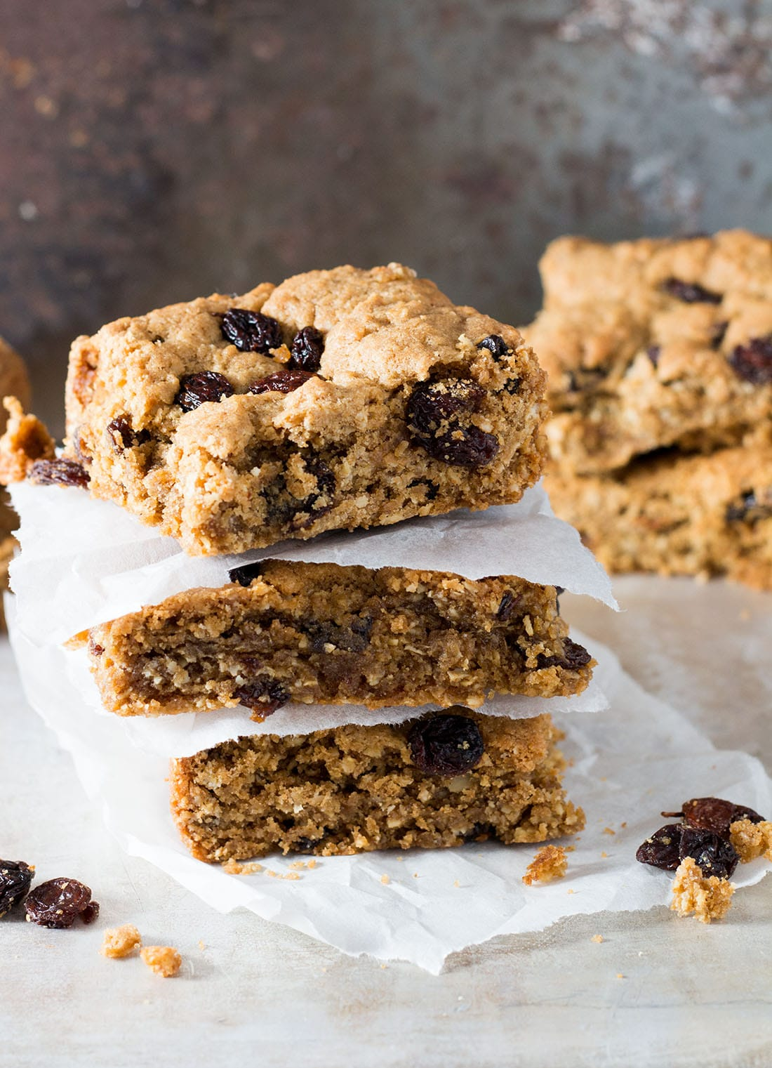 Cinnamon Raisin Oat Bars - Erren's Kitchen - This delightful recipe make an oatmeal cookie bar that's crisp on the outside with a buttery soft center. Best served warm, they are an amazing treat for dessert or even just a snack.