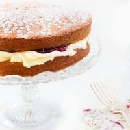 Victoria Sponge Cake with Whipped Cream