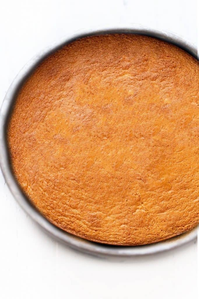The baked cake in the pan