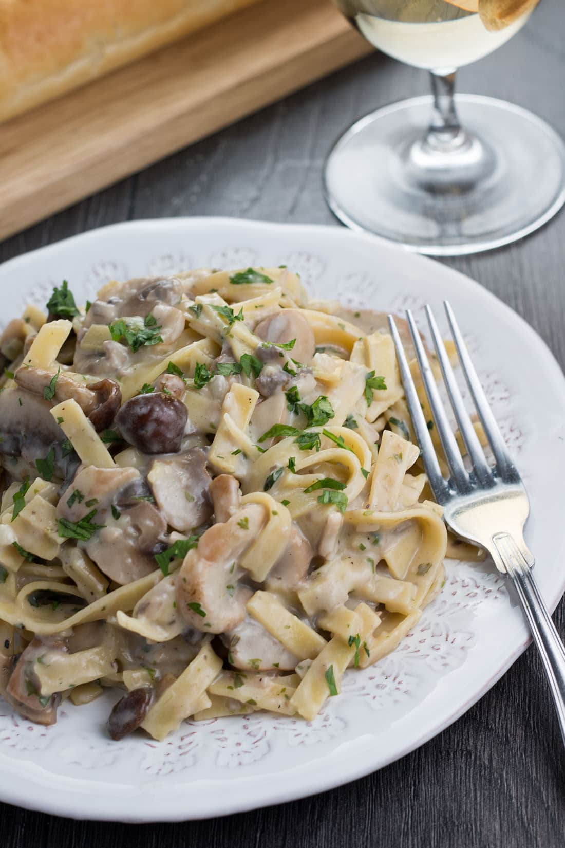This recipe for Creamy Tagliatelle and Mushrooms makes a mouthwatering pasta dish using cremini mushrooms, fresh parsley, white wine, garlic and butter - what are you waiting for?