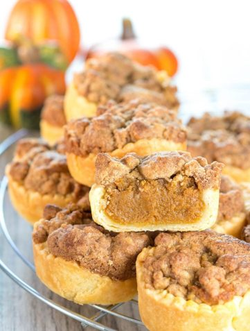 Pumpkin Streusel Tarts