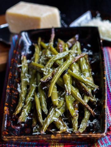 Garlic Parmesan Roasted Green Beans