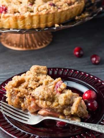 Apple Cranberry Crumb Pie
