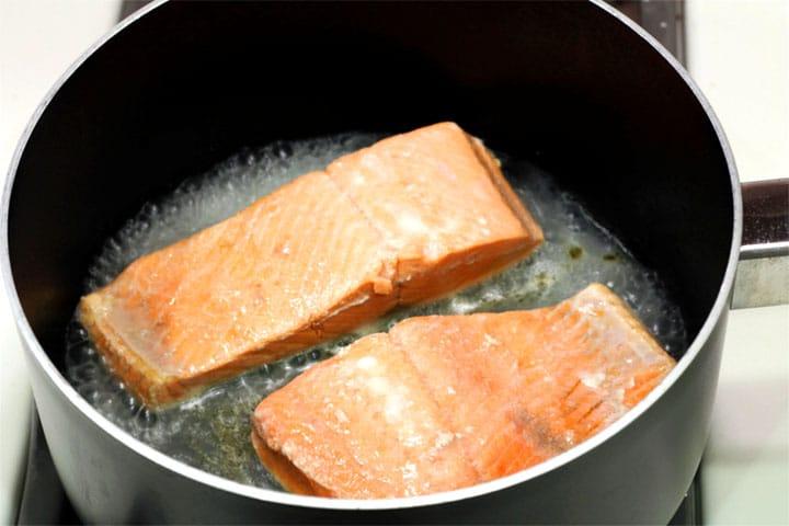 Salmon poaching in stock