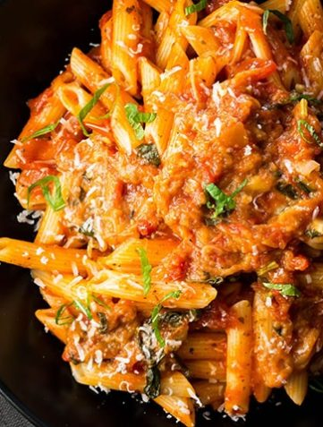 Pasta Alla Norma {Pasta with Eggplant Sauce}