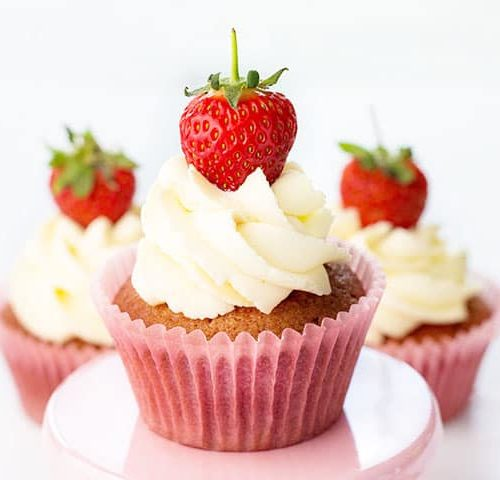 Fresh Strawberry Cupcakes With Whipped Cream Frosting