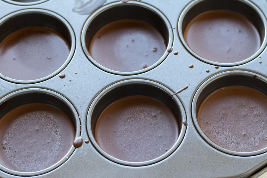 the Easy Chocolate Dessert in the pan set and ready to serve