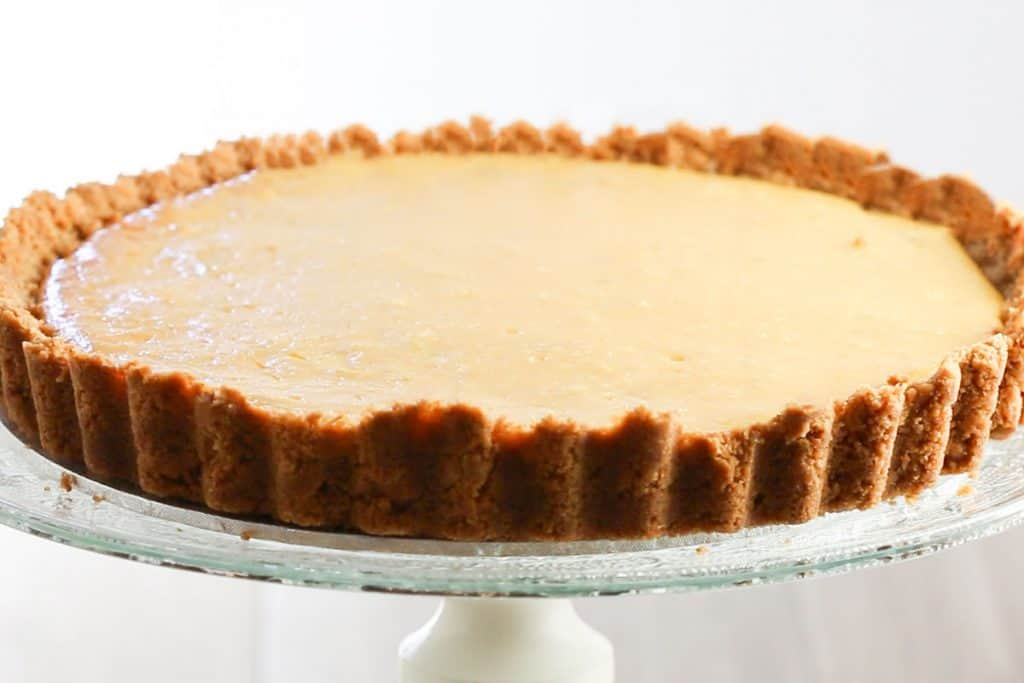 The keylime pie baked and chilled