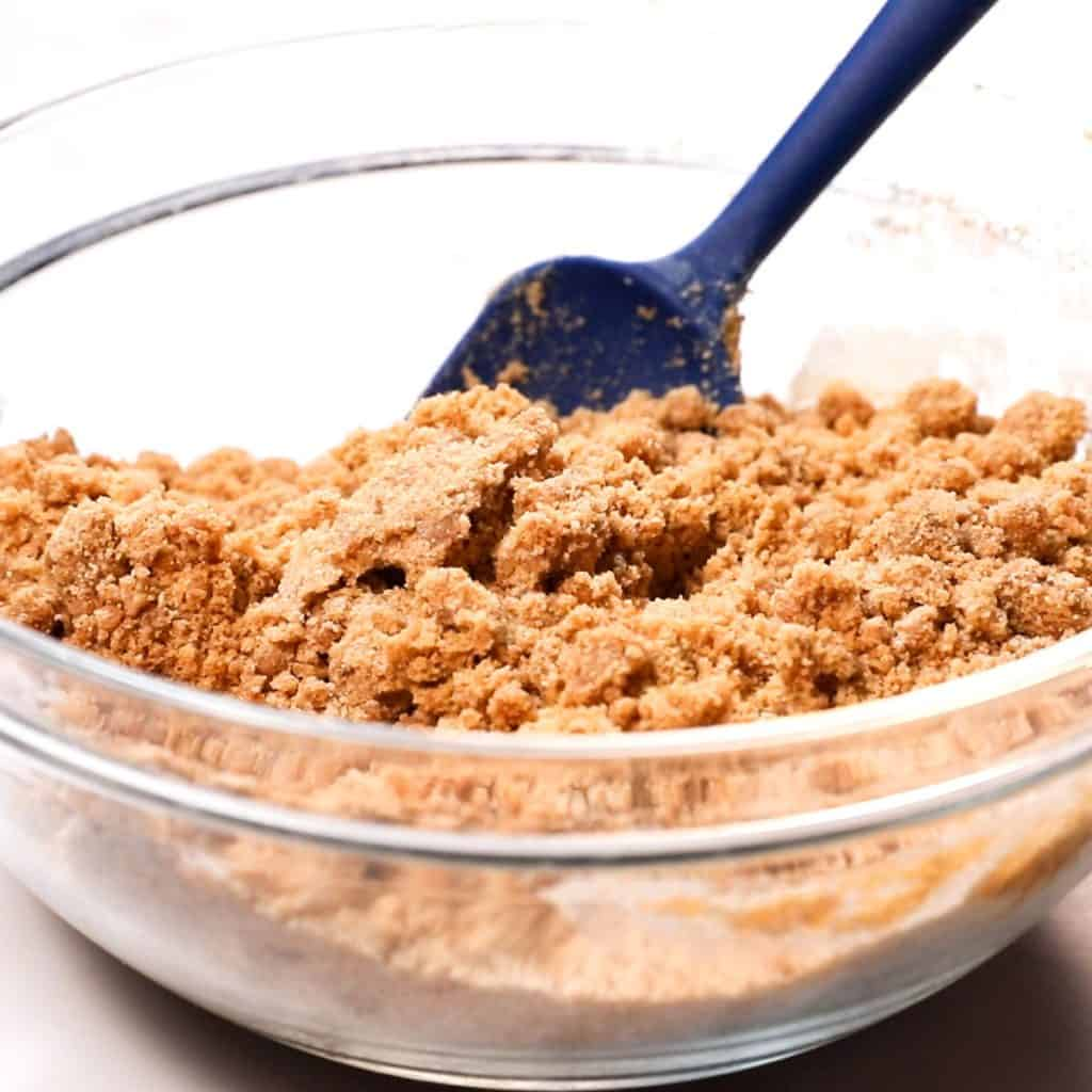 The topping mixture in a bowl