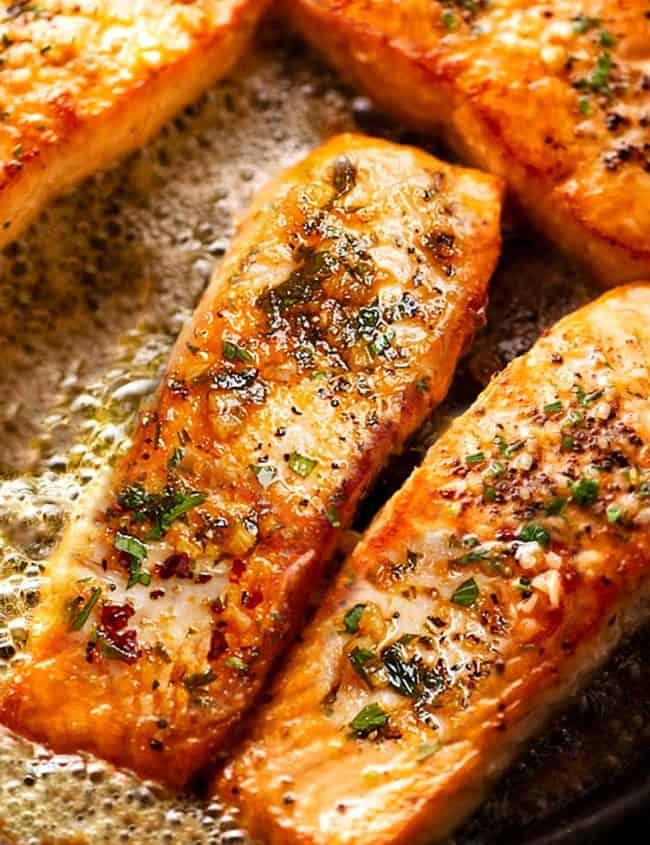 salmon in butter and garlic with parsley